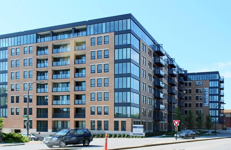 Evanston Units Starting at $1300